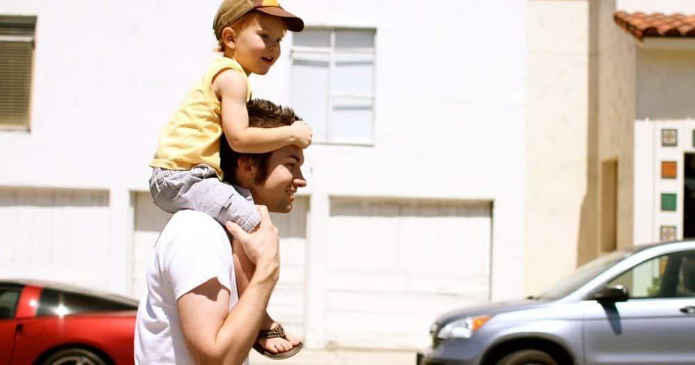 Livro: Hold On to Your Kids / Pais Ocupados, Filhos Distantes