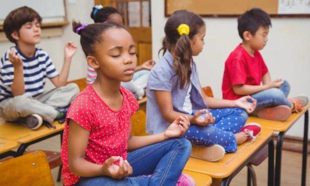 Cantinho da Calma – A Versão da Disciplina Positiva para o Cantinho do Pensamento