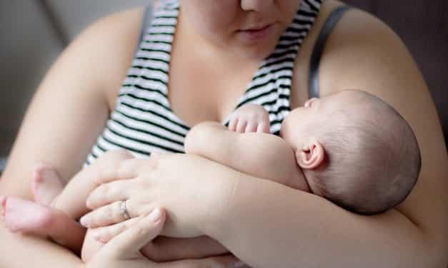 Puerpério e comunidade: como ajudar as mães nesse momento tão delicado
