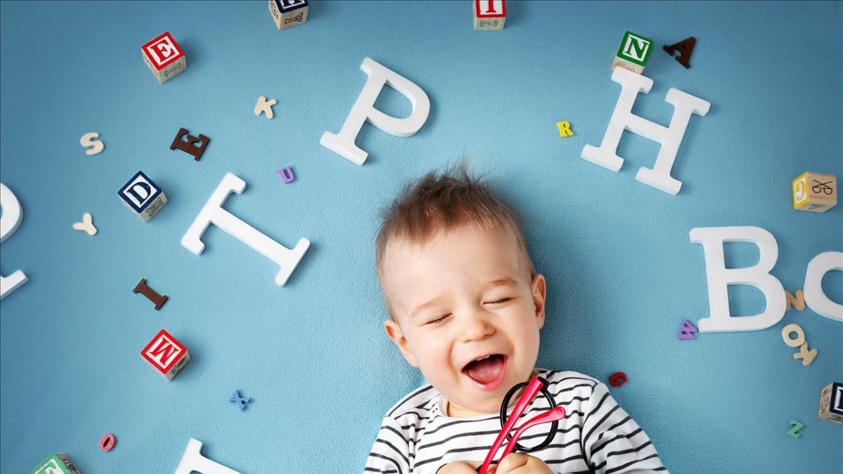 Conheça as Etapas do Desenvolvimento da Audição e Linguagem dos Nossos Filhos