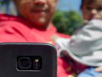 Evitando a parentalidade distraída: como largar o celular para ficar de fato com as crias